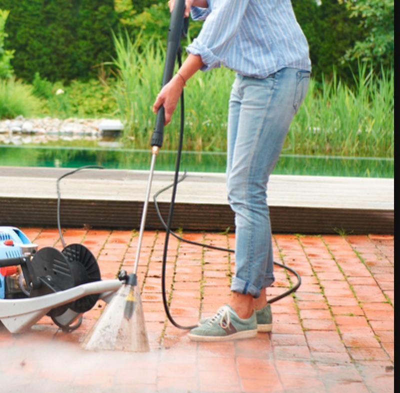 5 Conseils Pour Nettoyer La Terrasse Avec Images Nettoyage Terrasse Nettoyer Terrasse Nettoyant