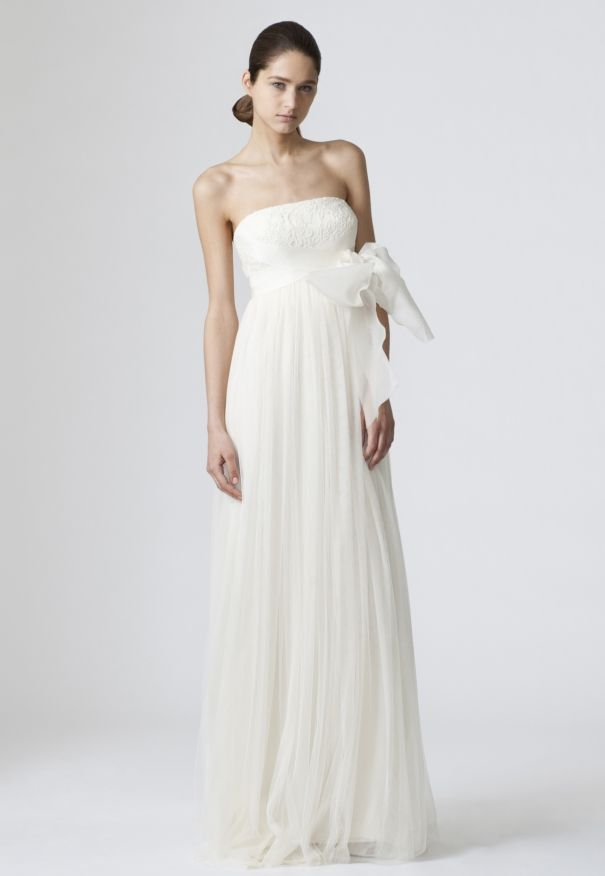 No bow Wedding Dresses, Bridal Gowns by Vera Wang | Classics ...