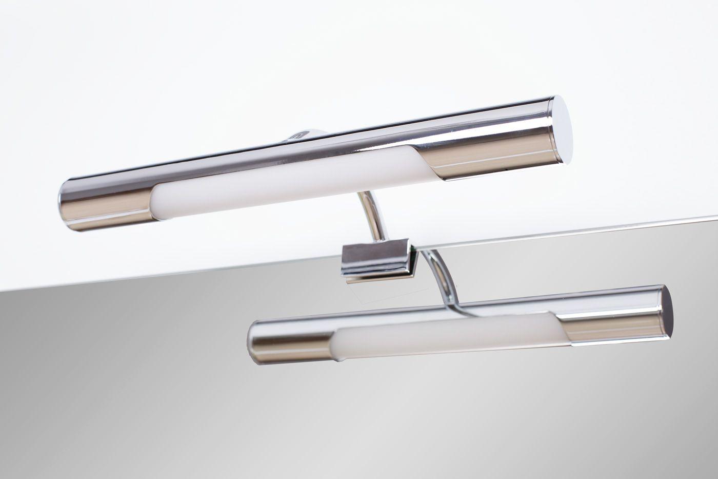 Fotografía de espejos y apliques de baño. http://avfempresas.com ...