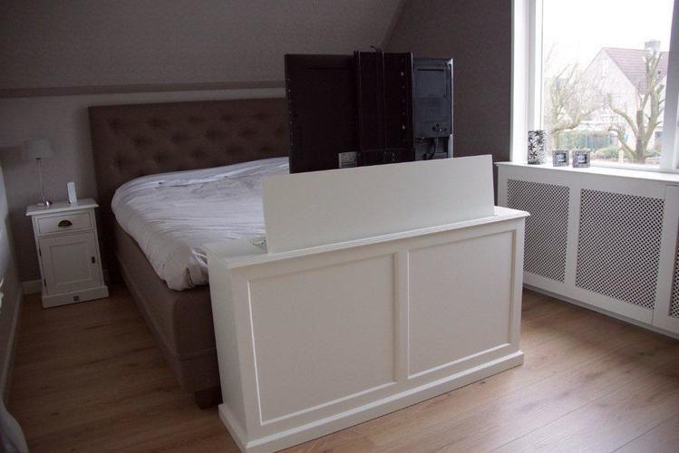 ik ben van plan een tv kast met lift laten maken 40 inch tv lift afmetingen 180x70x30 en. Black Bedroom Furniture Sets. Home Design Ideas