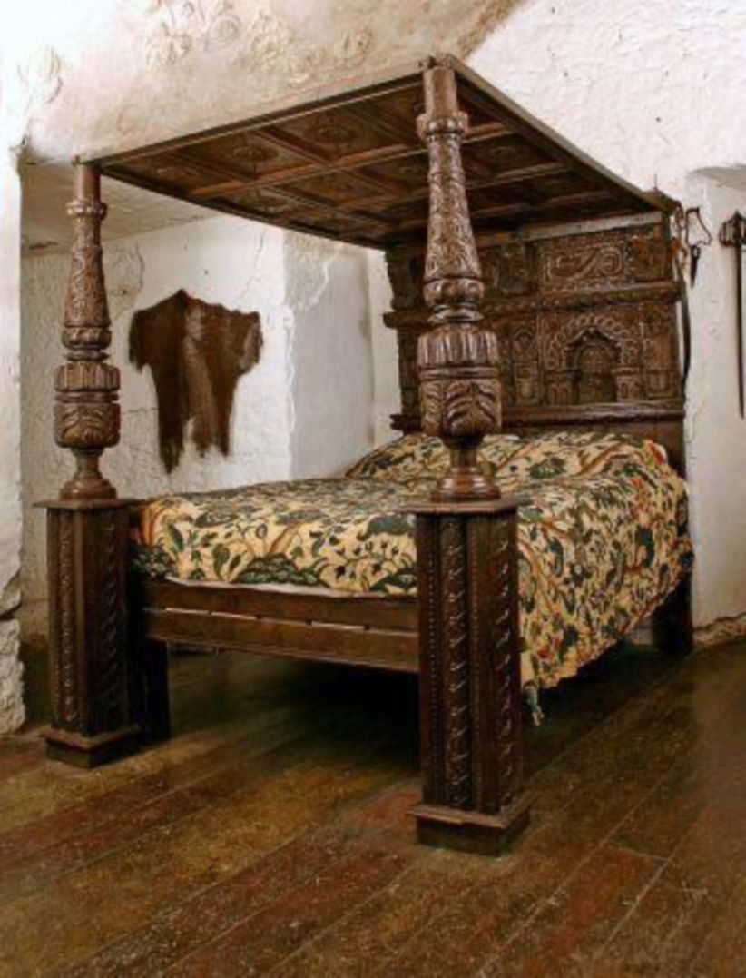 42 Elegant Vintage Canopy King Bed Designs Ideas With Victorian Style Oak Beds Bed Design Bed
