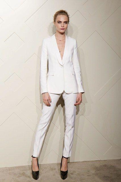01f493a22ffd comprar traje entero pantalon blanco mujer cara delevingne - Buscar con  Google