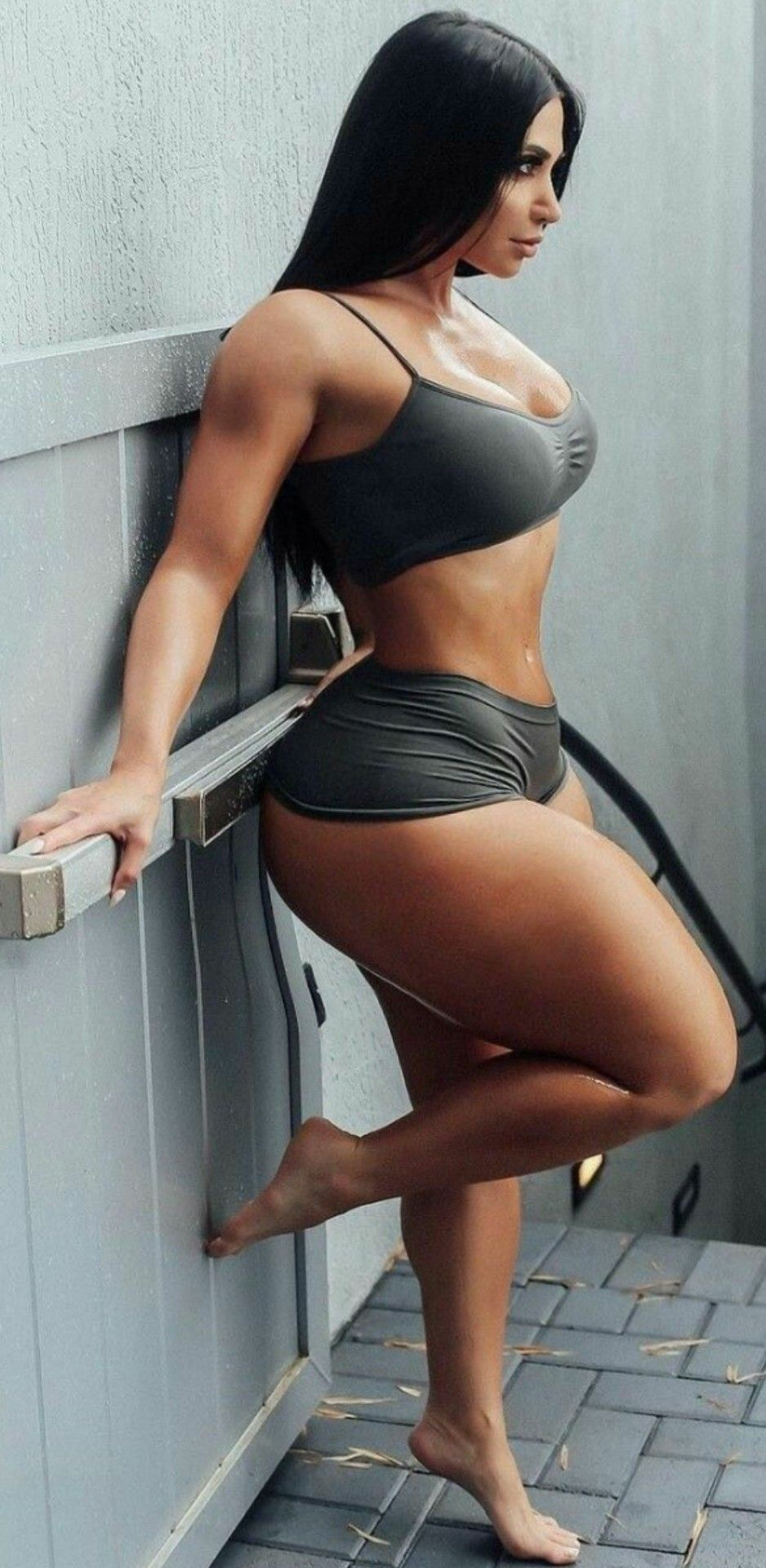 Sexy thick latina women