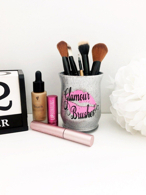 Glamorous Makeup Storage Mugeek Vidalondon
