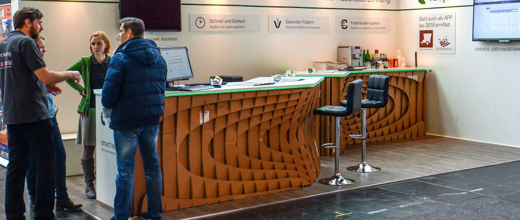 cardboard-furniture-möbel-aus-pappe-wellpappe-ecodesign-Ökomöbel