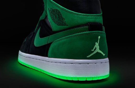 1b92c3199 Detailed Look At The Xbox x Air Jordan 1 Mid With Glow-In-The-Dark ...
