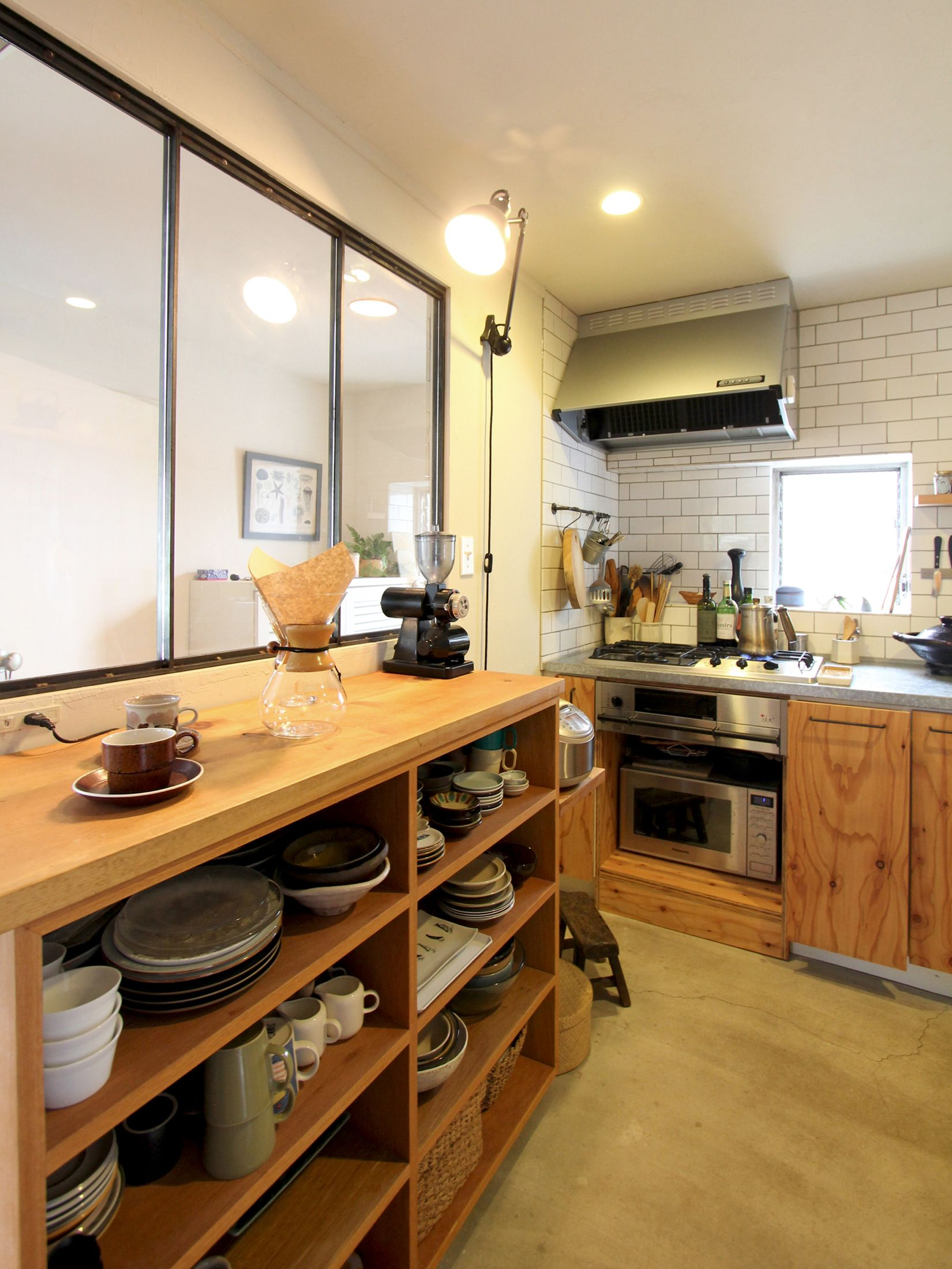 Kitchen Counter Tile Pantry Tile キッチン パントリー タイル ステンレス