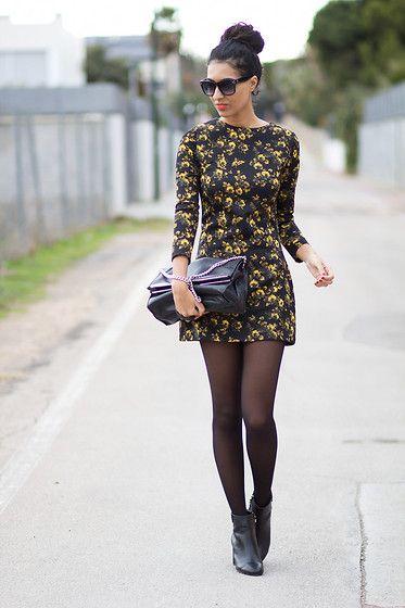 Look de Inverno: Vestido com Estampa Floral + meia calça