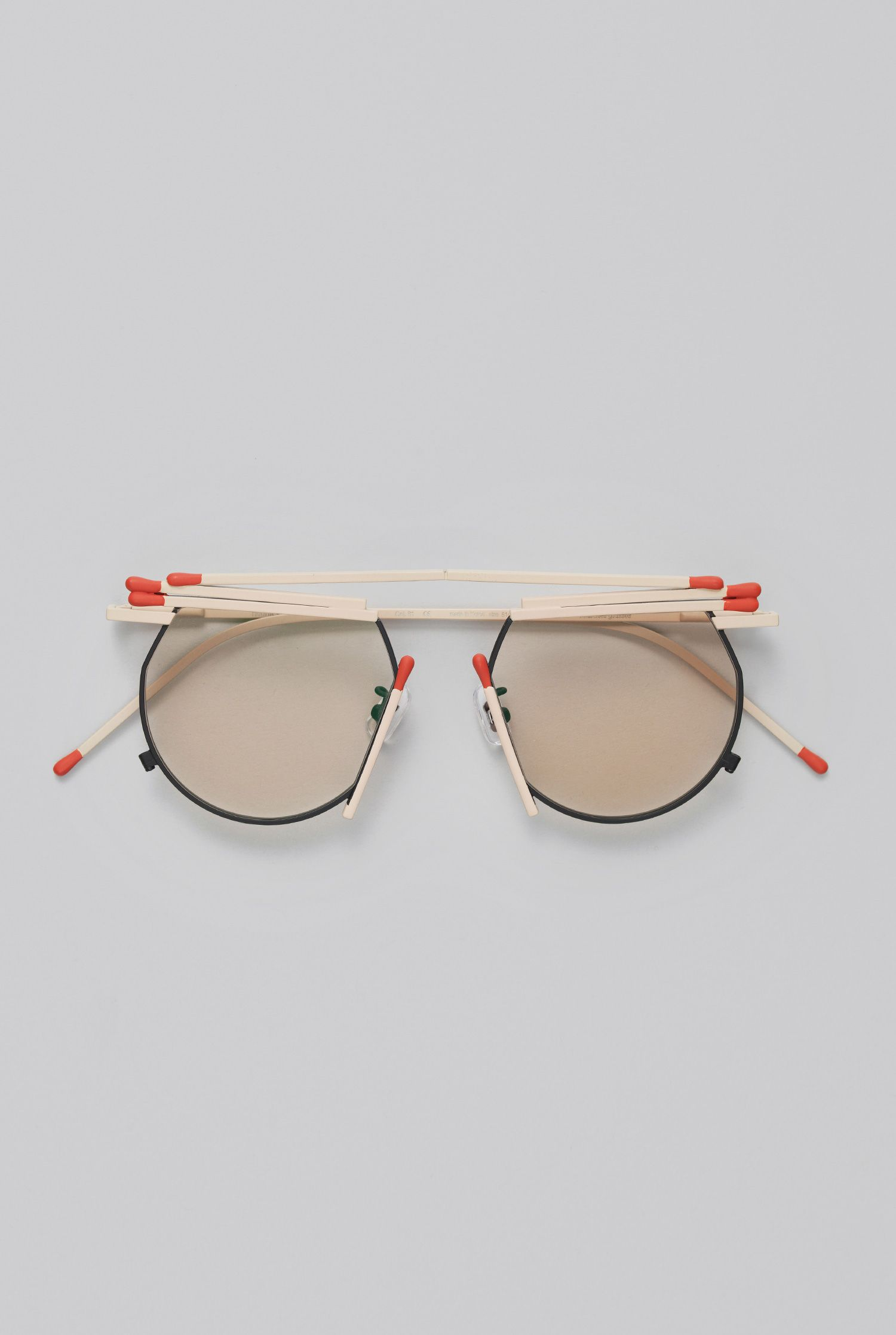 6cb9904a71daf GENTLE MONSTER - MATCHES GLASSES MA1