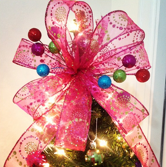 DIY: Christmas Tree Bow Topper I Tried Tgis And It Came Out Beautiful!