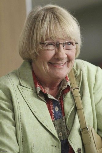 Kathryn Joosten (December 20, 1939 – June 2, 2012)[3] was an American television actress. Her best known roles include Dolores Landingham on NBC's The West Wing from 1999 to 2002 and Karen McCluskey on ABC's Desperate