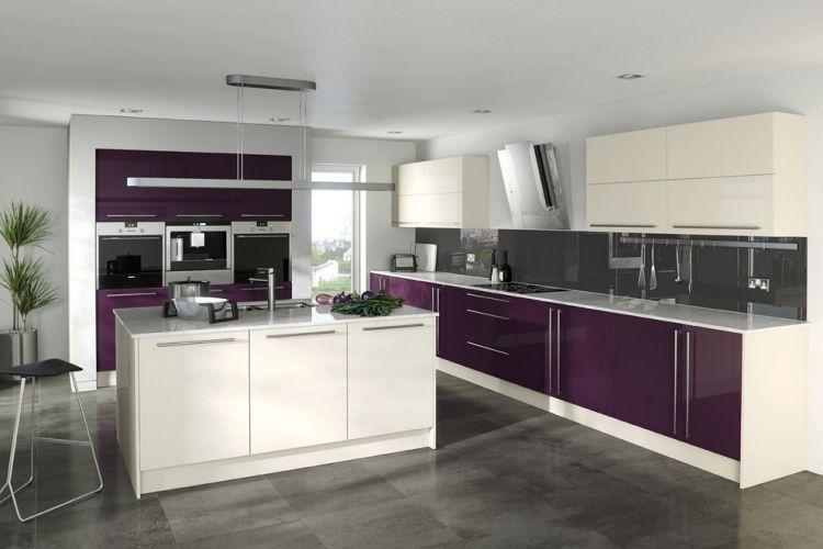 cuisine moderne avec îlot central et armoires blanches et couleur - Cuisine Moderne Avec Ilot Central