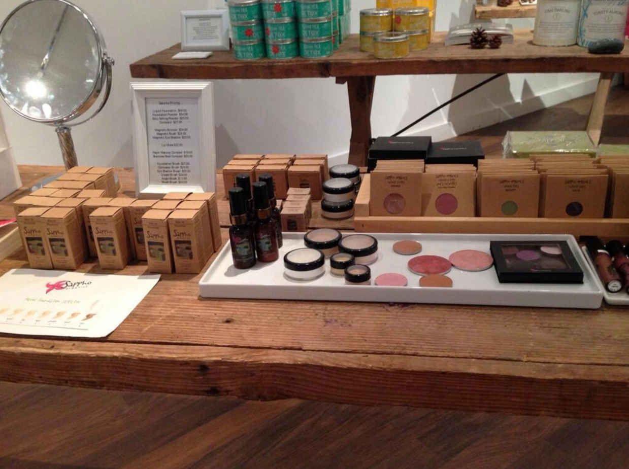 Green makeup artist joann fowler shares her safe cosmetics