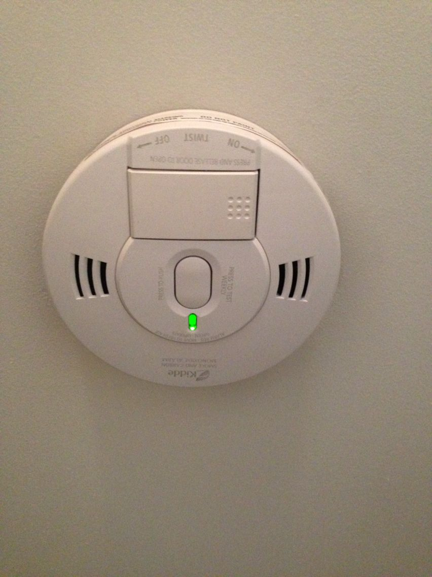 Hooked Up My Smoke Detectors To Wiring Put In By Electricians That A House For Alarms Green Light Means I Did It Right Cool