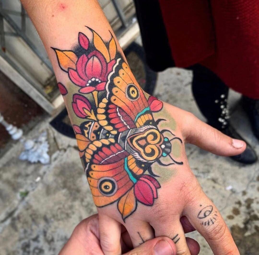 Neo Traditional Hand Tattoo In 2020 Traditional Hand Tattoo Moth Tattoo Tattoos