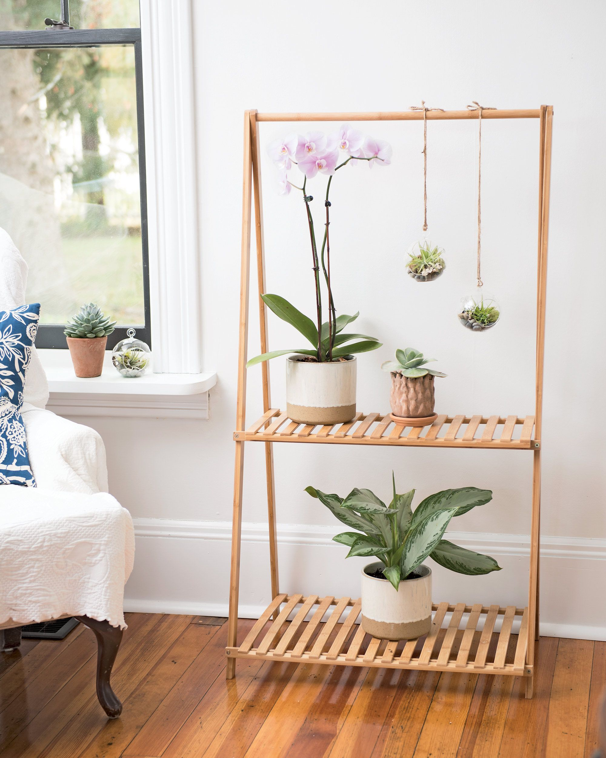 Bamboo Plant Stand With Hanging Bar