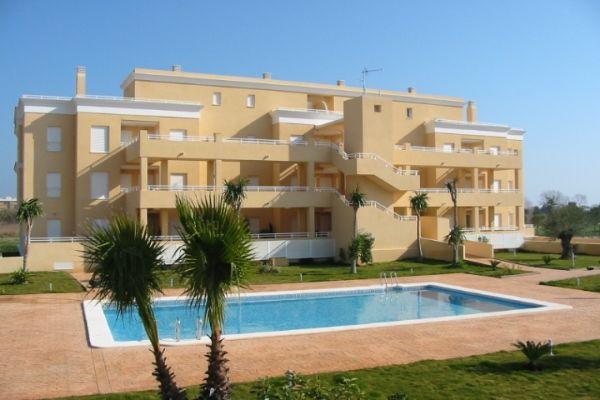 Apartamento De Reciente Construcción En Oliva Valencia Situado En Primera Línea De Campo De Golf Tiene Capacidad Para 5 Persona Apartamentos Hotel Alquiler