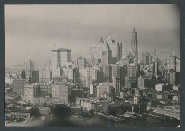 Ordinary People – Extraordinary Times | Stories of NYC in ... |Museum New York Skyline 1920