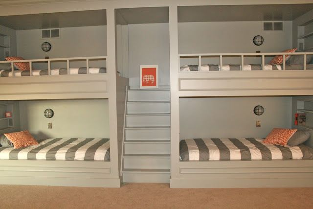 Quad Bunks With Photos Of The Construction Children S Spaces