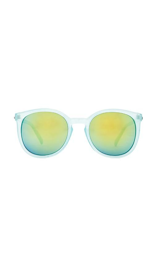 Quay Dixi Sunglasses in Blue   REVOLVE   Sunglasses, Quay