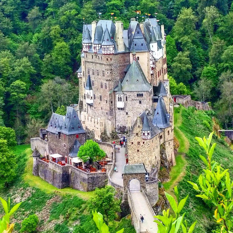 Burg Eltz The Best Castle I Ve Ever Visited Castle House Castle Germany Castles