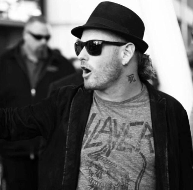 Glasses Fedora And Hair It Never Fails Corey Taylor