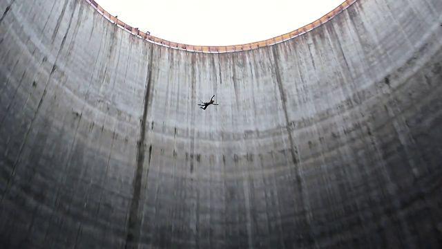 Free Fall Suspension in Cooler (Градирня, подвешивание со свободным падением) by Stanislav Aksenov. the SINNER team <3