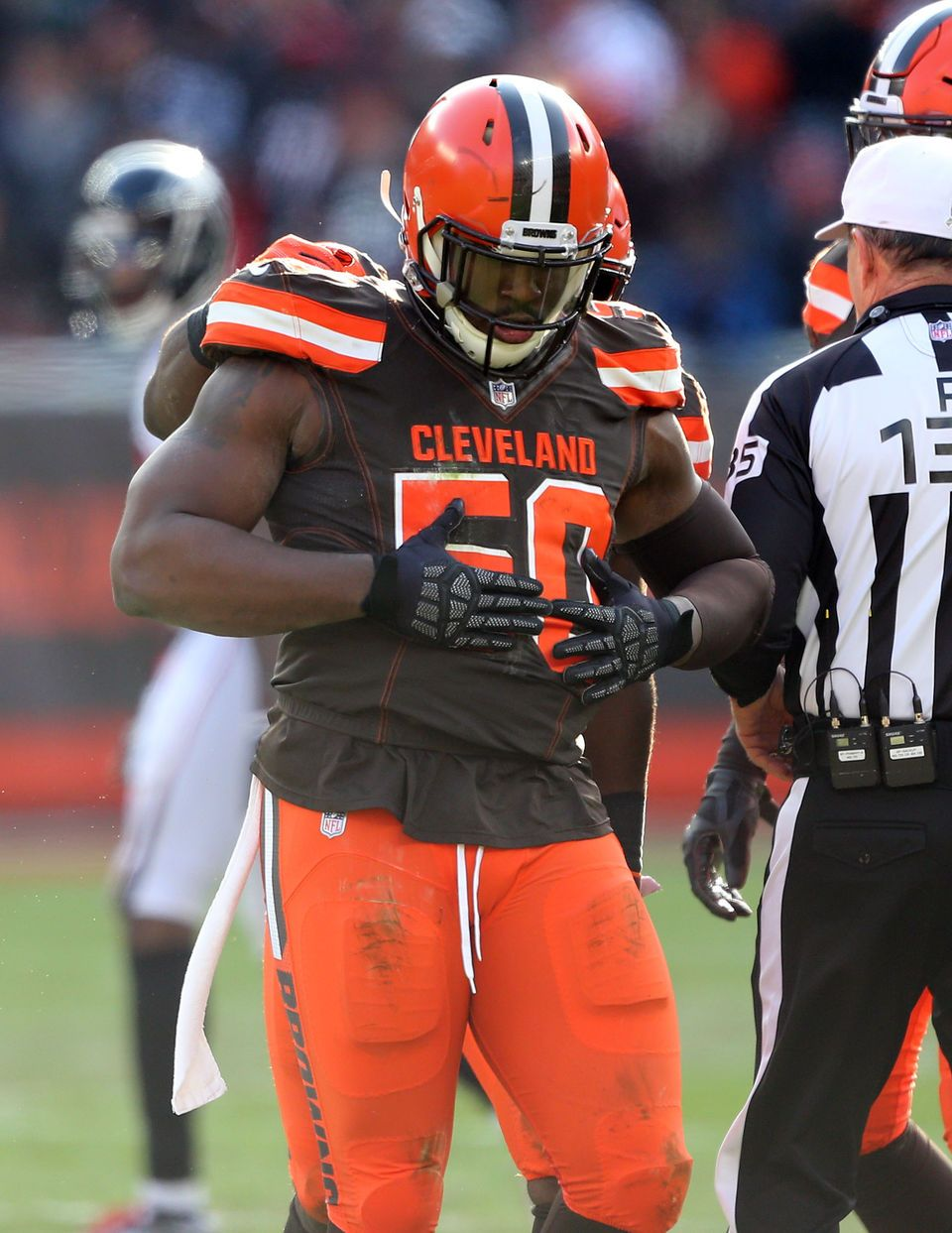 Chris Smith Rubbing His Full Belly After Sacking Matt Ryan 2018 Week 10 Cleveland Browns Football Cleveland Browns History Browns Football