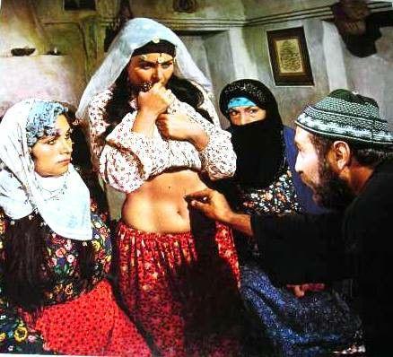 Kuma (1974) - Fatma Girik & Hakan Balamir - YouTube