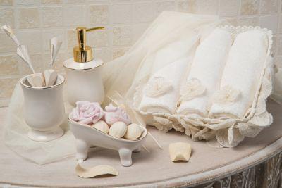 Janıse Havlu Seti Krem-Gold #homesweethome #krem #dowry # ...