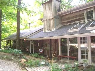 A Great Website For Lodging Just About Anywhere. Log Cabin Rental In Southern  Indiana $90