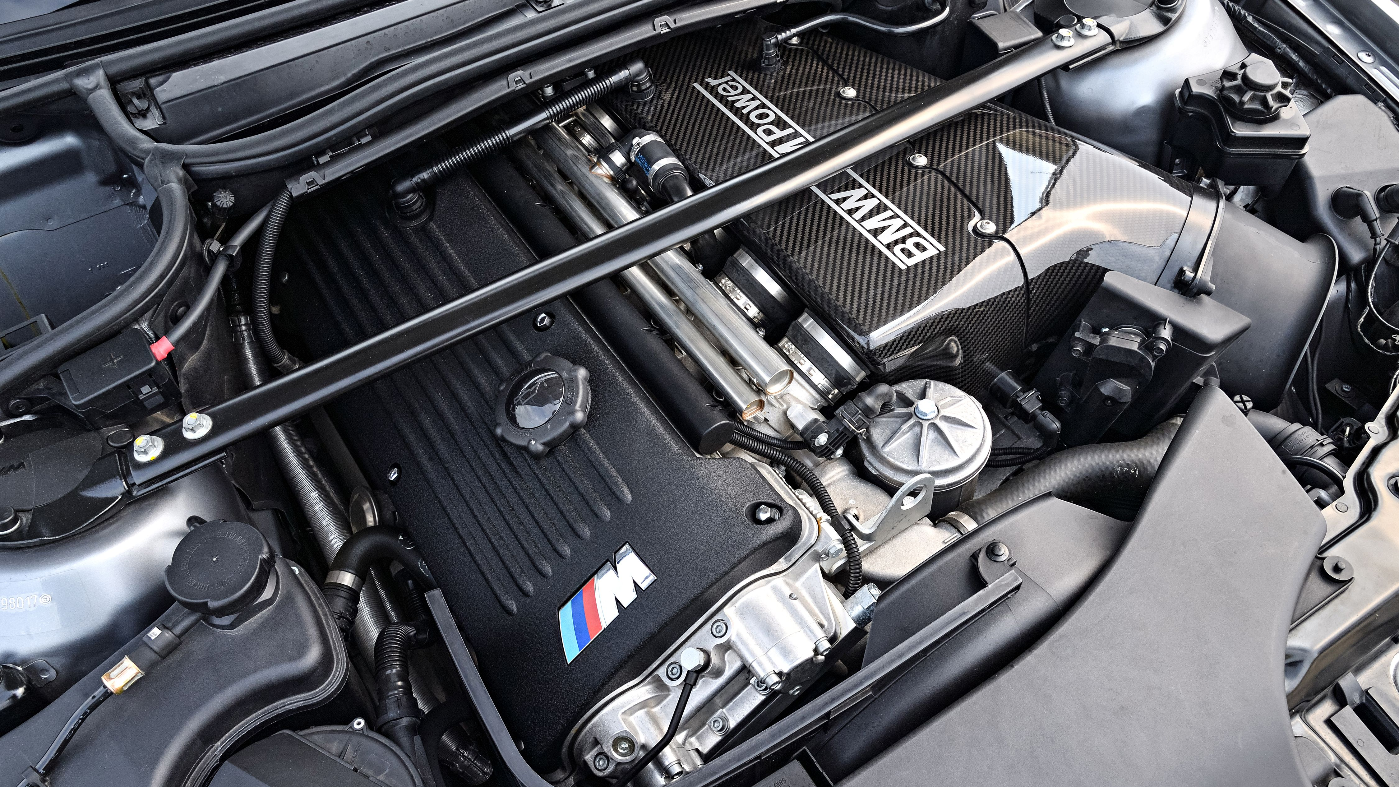 Carbon Intake Plenum And Airbox Adds Great Intake Sound And