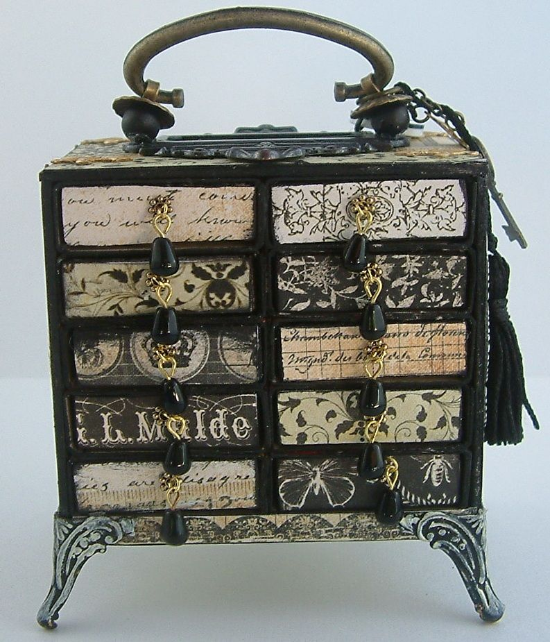 Chest - a needle box of matchboxes 69