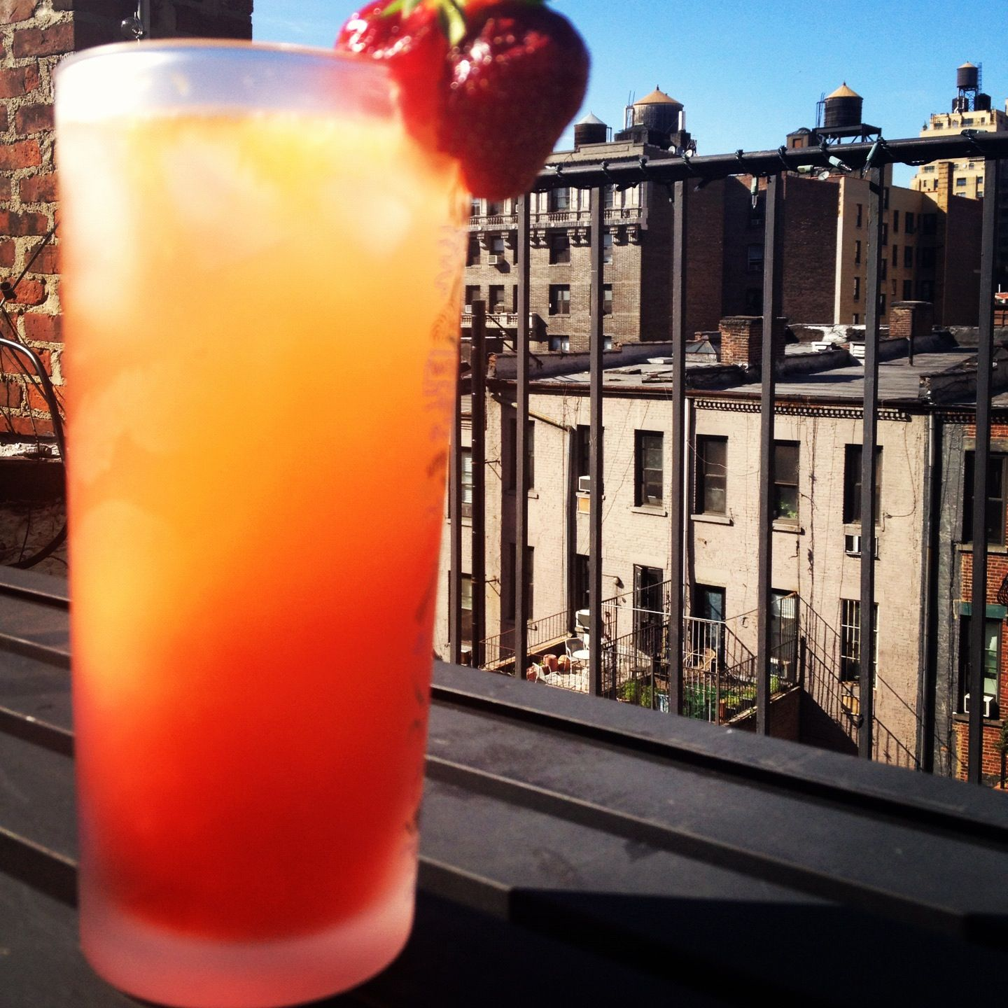 Recipe Goodness :: Italian Campari Orange Spritzer