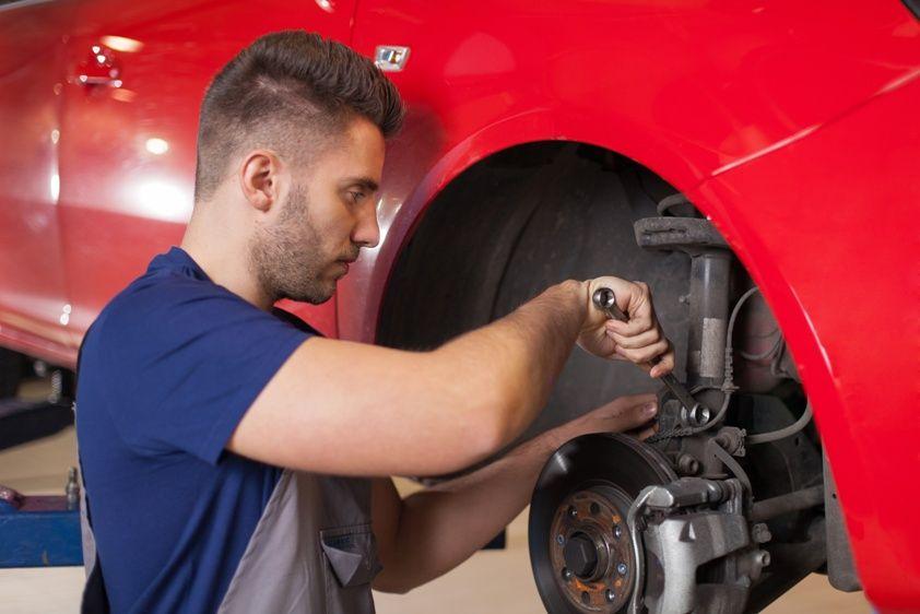 How Many Miles Do Shocks Last? Car repair service, Car