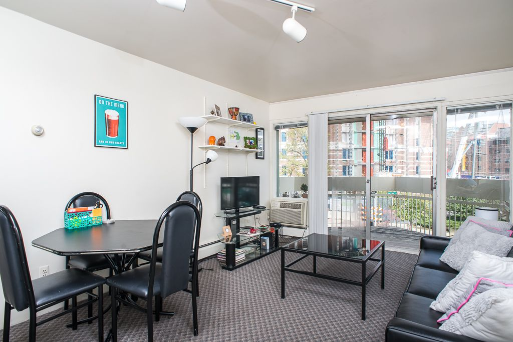 One bedroom apartment | One bedroom apartment, 6 bedroom ...