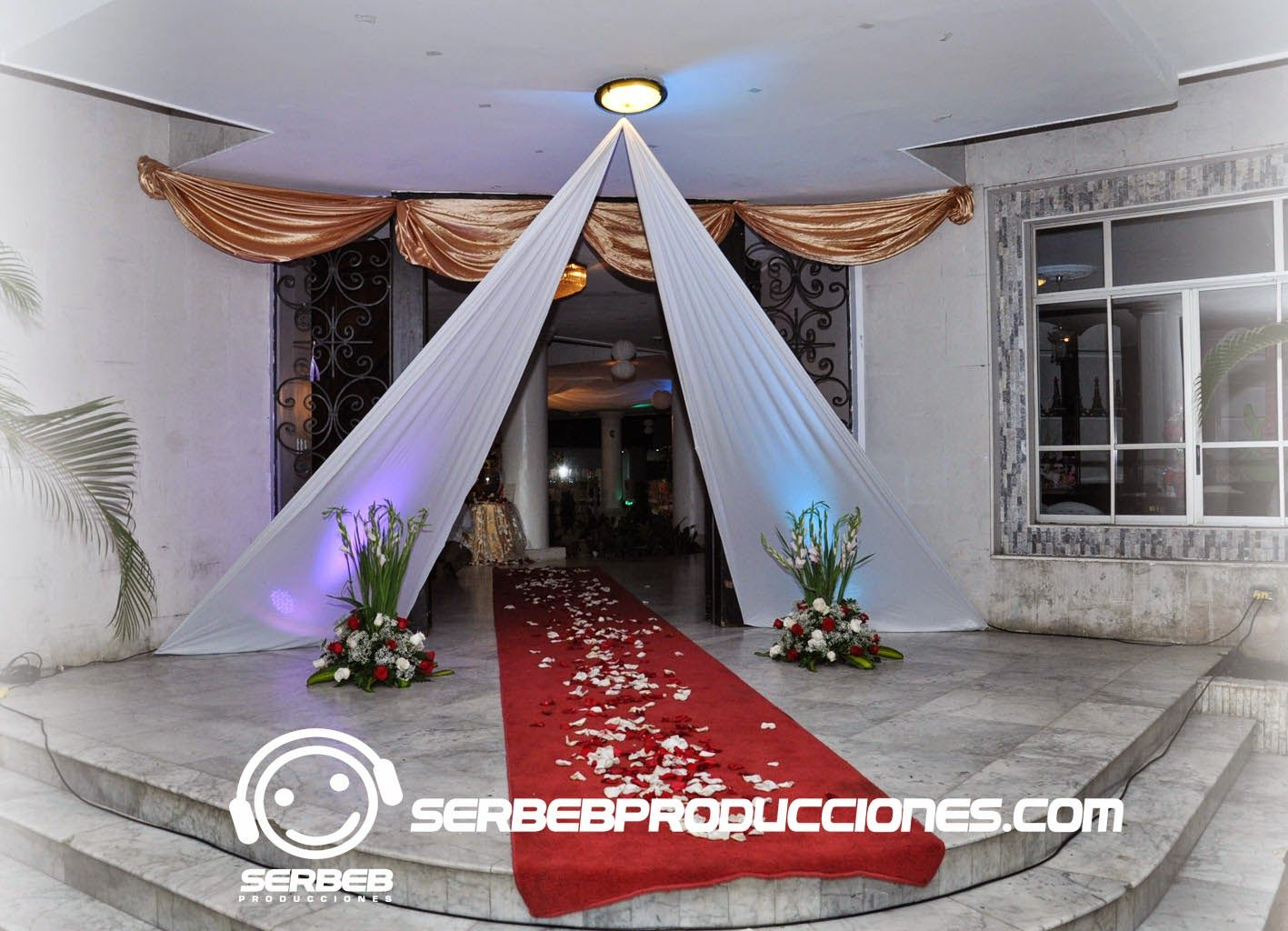 Decoracion de salon de bodas 2015 buscar con google - Decoracion para salones ...