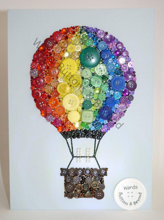День рождения, открытка с воздушным шаром из пуговиц