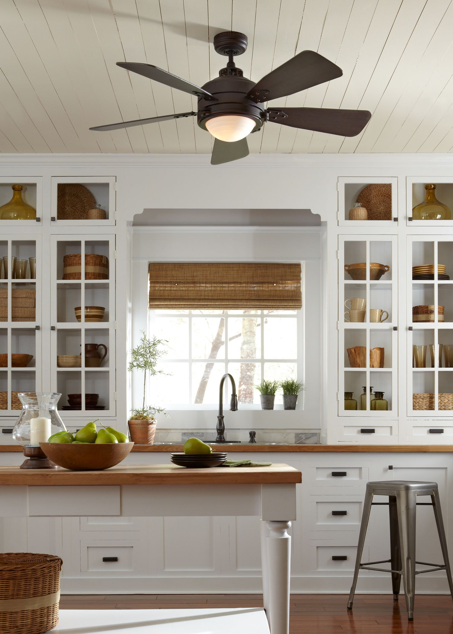 Kitchen Ceiling Fan Have A Vintage Industrial Décor The 52