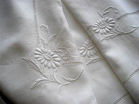 linge ancien lin drap nappe monogramme brode broderie. Black Bedroom Furniture Sets. Home Design Ideas