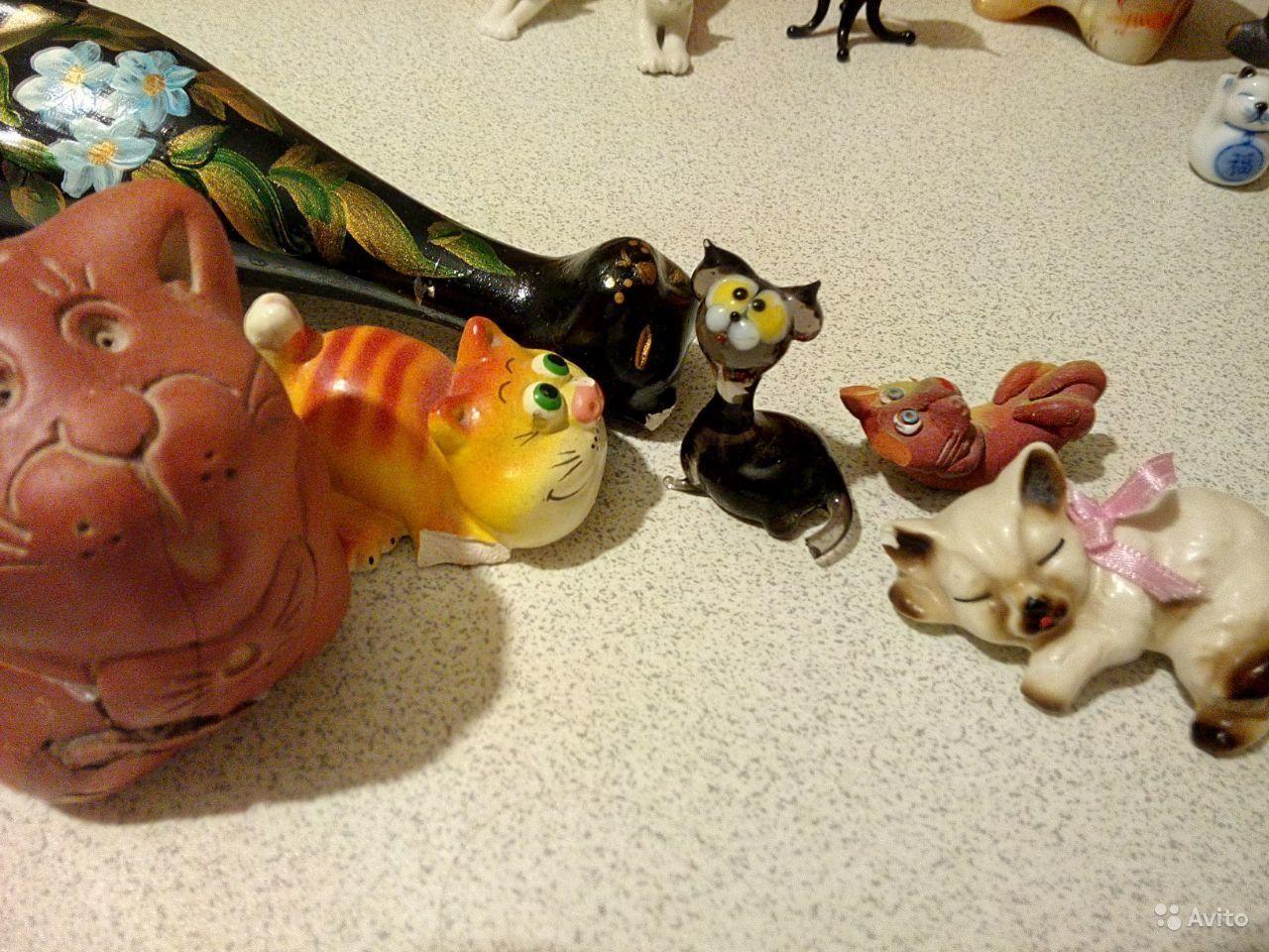 Продаю коллекцию фигурок кошек. Все разные, собраны из разных мест. Всего 37 кошек. Из низ 6 (раненные бойцы, есть сколы). Стоимость 4800р.( среднем 130р. За фигурку)