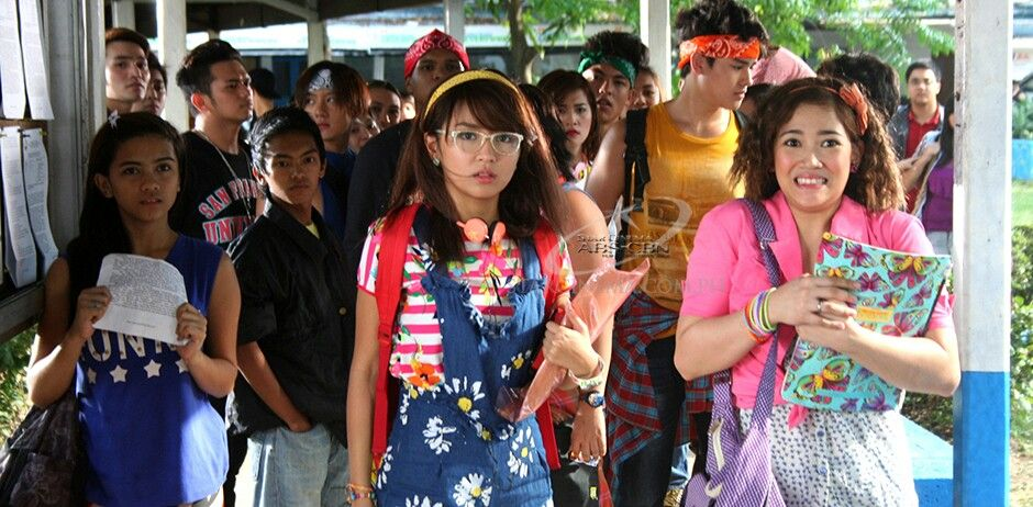 she's dating the gangster full movie eng sub  film