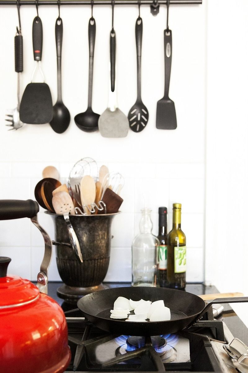 How To Clean Greasy Kitchen Walls, Backsplashes, and Cupboards ...
