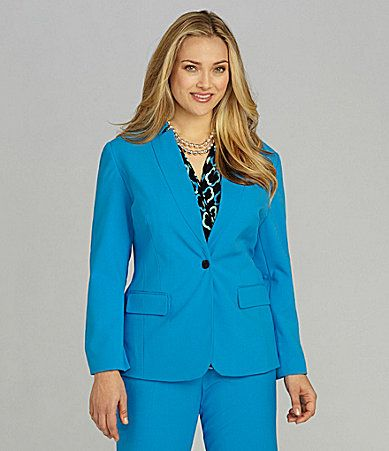 Vince Camuto Woman Inverted Notch-Collar Jacket.