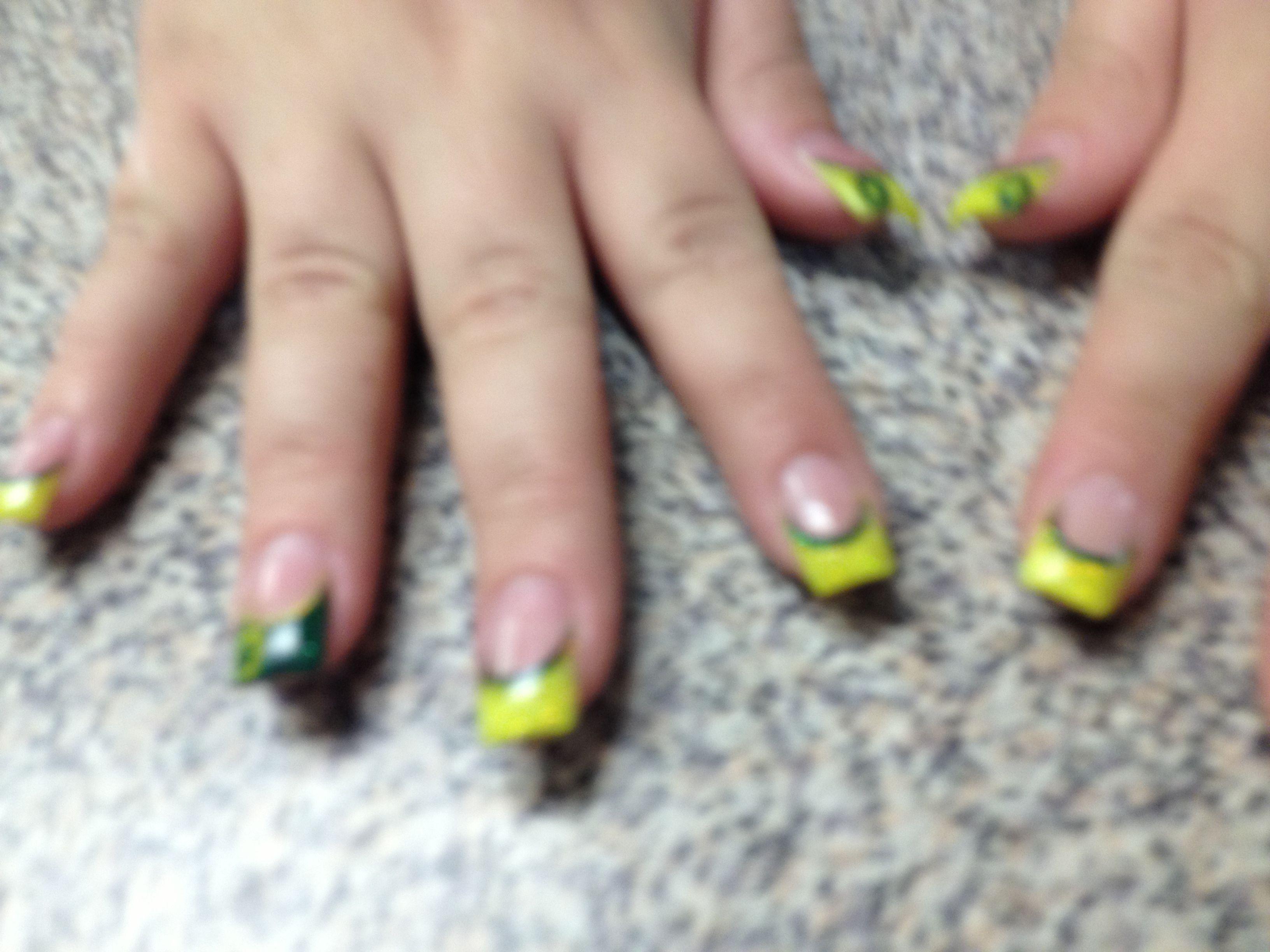 Oregon Duck nails | Duck nails