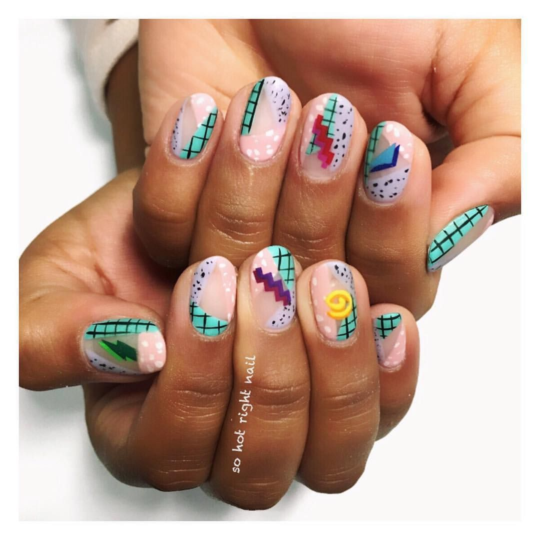 2,306 Likes, 66 Comments SO HOT RIGHT NAIL