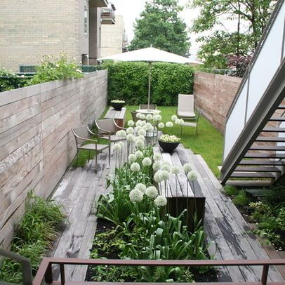 Very narrow modern garden good for side of the house as for Very small garden designs