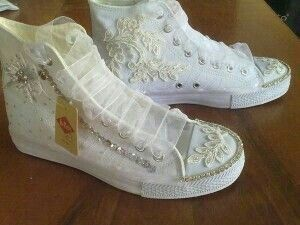 Pin By مقش On Wedding Comfortbale Shoes Wedding Shoes Relax Shoes Fashion Shoes