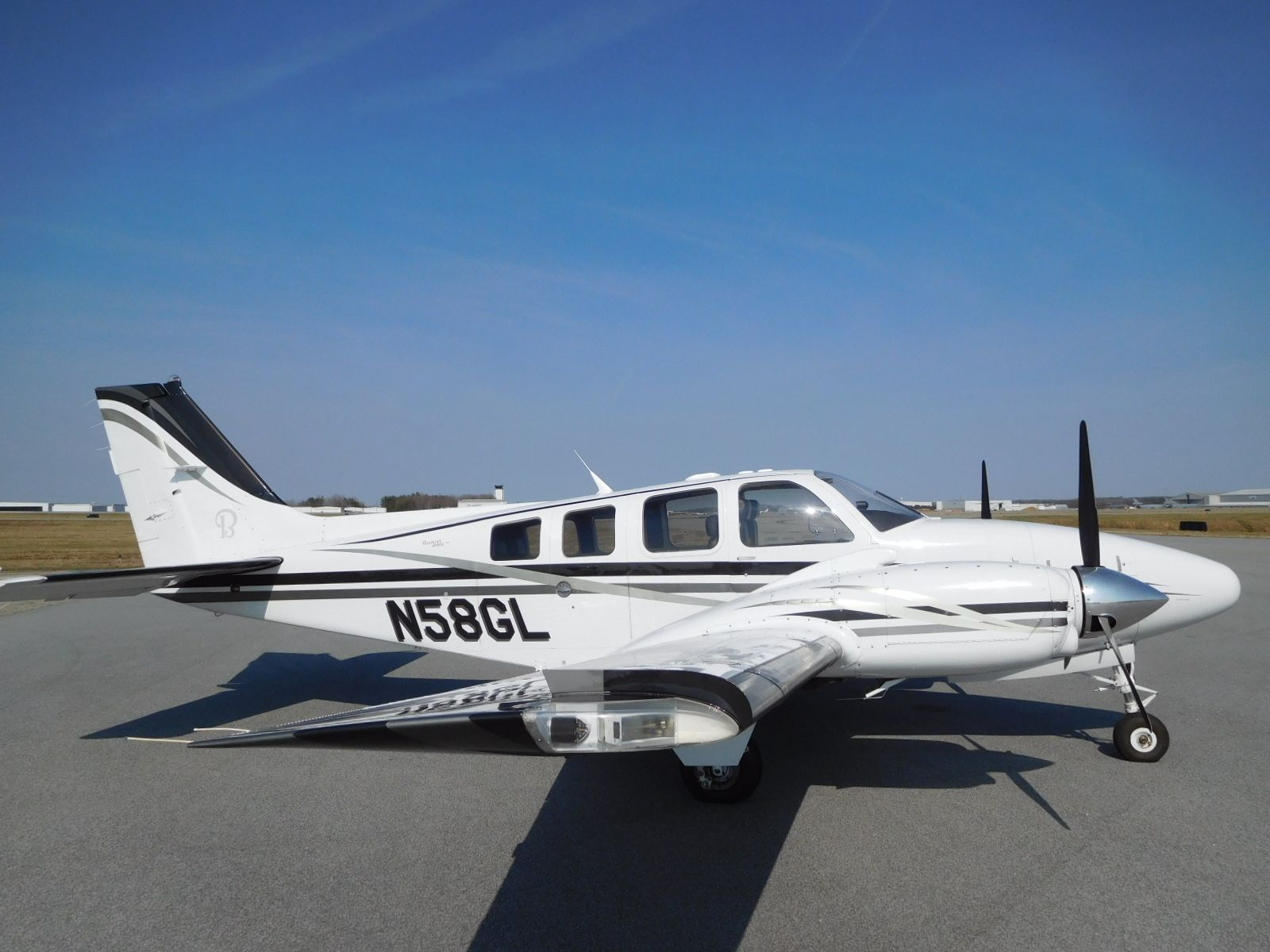 2007 Beechcraft Baron G58 for sale in NC United States
