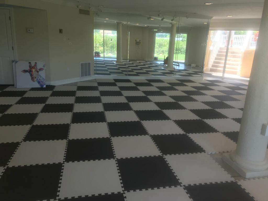 Foam Interlocking Mats For Kids In 2020 Foam Floor Tiles Foam Flooring Workout Room Flooring